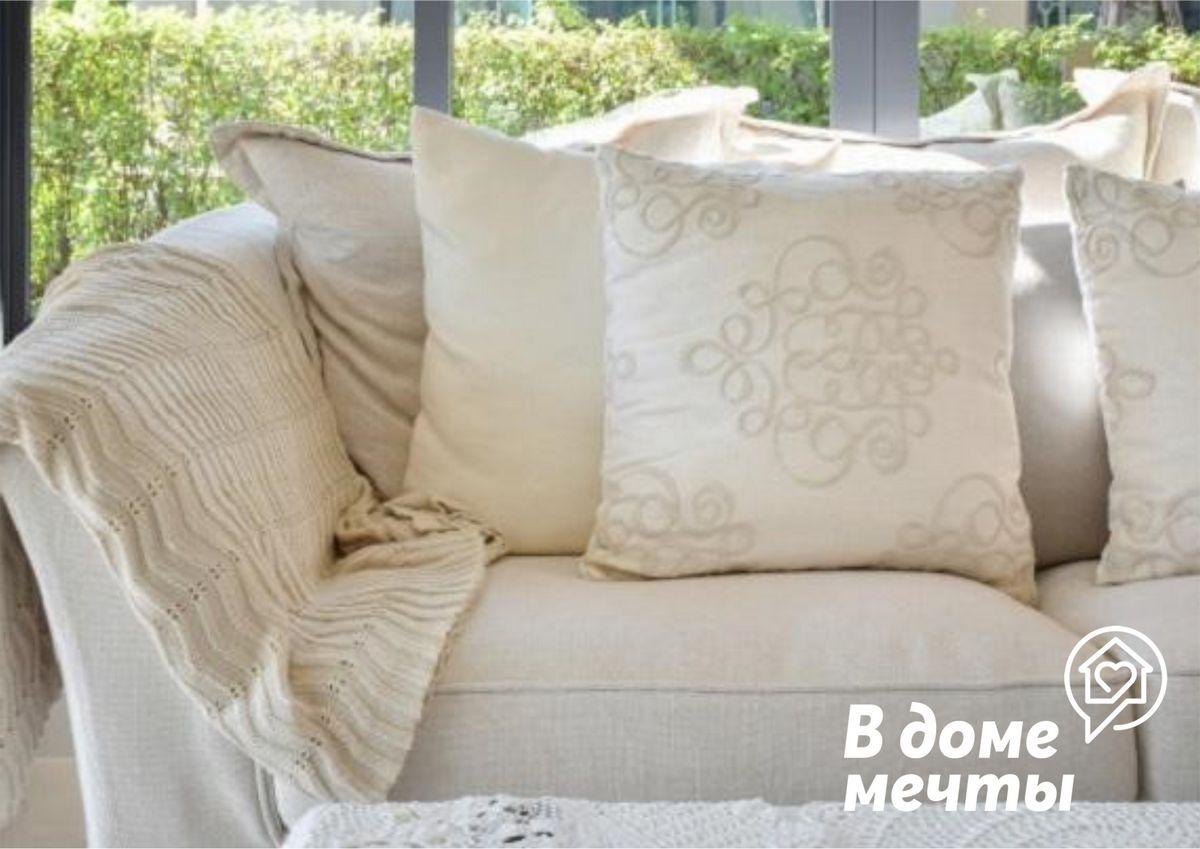 Выбор цветовой гаммы декоративных подушек