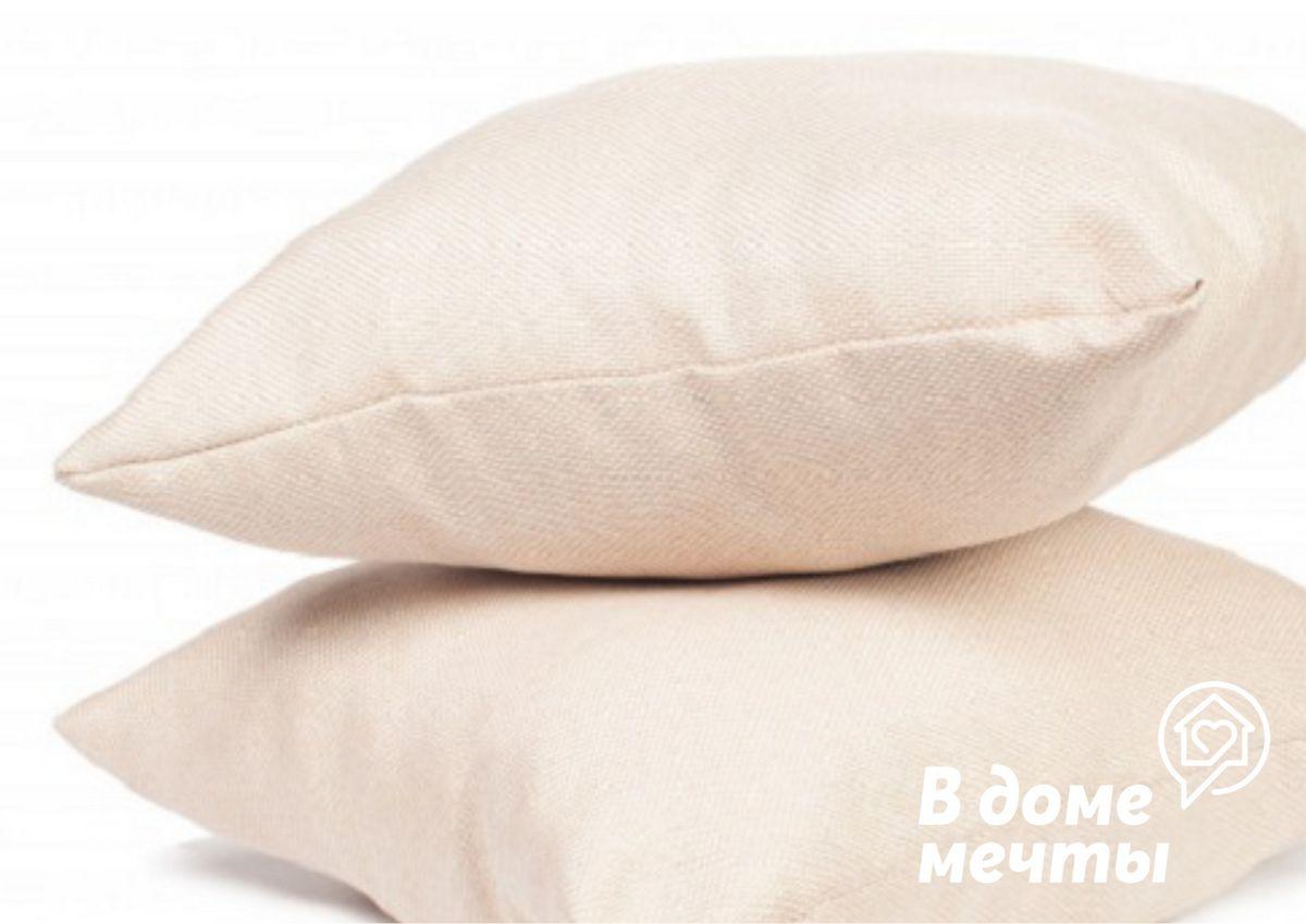 Почему важно проводить чистку подушек