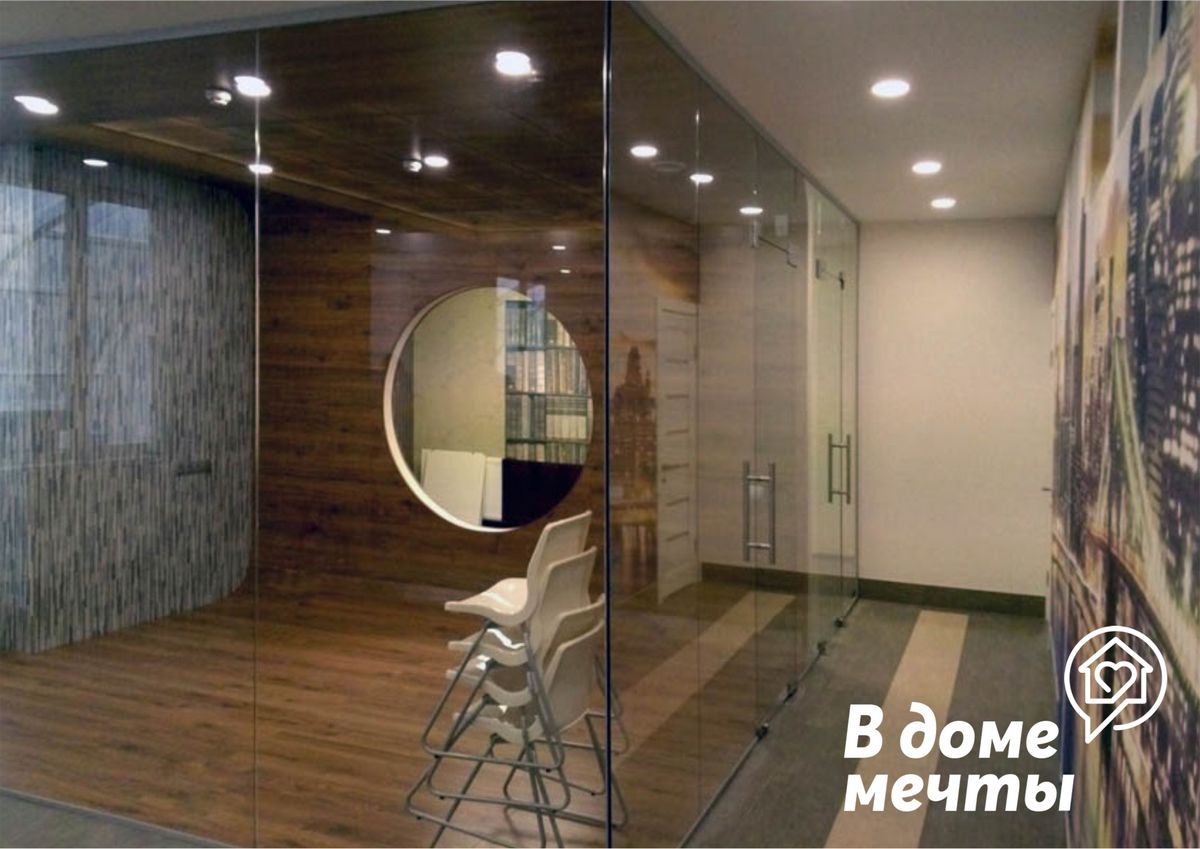 Как преобразить интерьер с помощью стекла: семь интересных вариантов